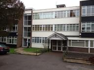 1 bed Flat to rent in Hadley Road, New Barnet...