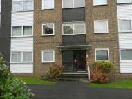 2 bedroom Flat in Maplin Close...