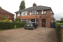 3 bedroom semi detached property to rent in Clifton Avenue, Leyland
