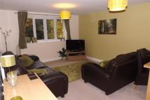 2 bedroom Flat to rent in Old Wood Close...