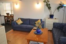 Flat to rent in Cadogan Road, Woolwich