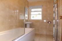 Bungalow to rent in Sawtry