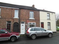 2 bed Terraced house in Bridge Road...