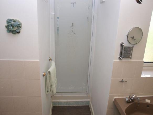 Bathroom/WC (3)