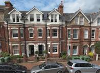5 bed Terraced home to rent in Guildford Road...