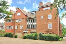 Flat to rent in Kingswood Place...