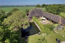 5 bedroom Detached property in Smallhythe Road...