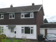 3 bed semi detached house to rent in Blunden Lane, Yalding...