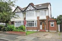 4 bed semi detached home to rent in Delamere Road, Ealing