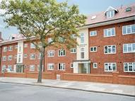 Flat in Pickering House, Ealing