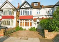 5 bedroom semi detached home in Loveday Road, Ealing