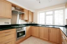 Flat to rent in Pickering House, Ealing