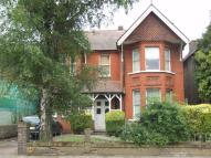 Tring Avenue Studio apartment to rent