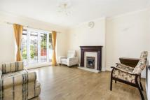 3 bed Detached house to rent in Balmoral Gardens, Ealing