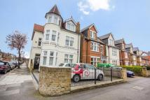 5 bed Detached house to rent in The Avenue, Ealing