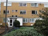 2 bed Flat to rent in Chalfont Court...