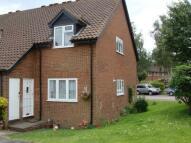 Apartment to rent in Oak Tree Close, Hertford...