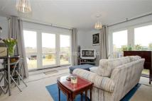1 bed Apartment to rent in Limehouse Lodge E5