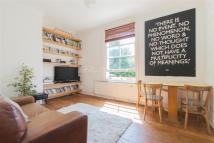 2 bed Flat to rent in Amhurst Road, E8