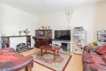 Flat to rent in The Mount E5