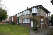 2 bedroom Maisonette for sale in Kenton Lane, Harrow...