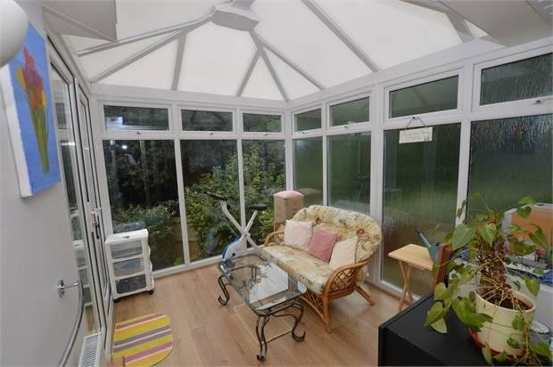 uPVC CONSTRUCTED CONSERVATORY