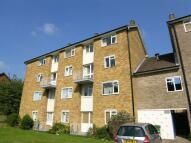 Maisonette to rent in The Ridgeway