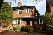 3 bedroom semi detached house to rent in Warwick Road, Knowle