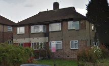 Flat to rent in Fullwell Avenue...