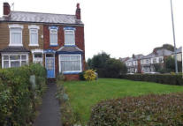 1 bed semi detached property in Umberslade Road...