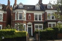 5 bed house in Coleridge Road...