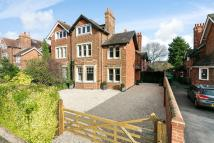 5 bed semi detached home in Banbury Road, Summertown