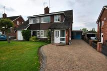 3 bedroom house in Oakfield Road, Poynton