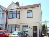 2 bedroom Flat in Christchurch Road...