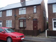 3 bedroom semi detached house to rent in Acton Road, Arnold...