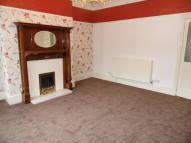2 bed Flat to rent in Halifax Road, Todmorden...