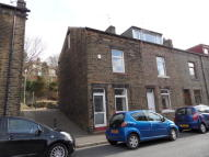 2 bedroom property to rent in Summerfield Road...