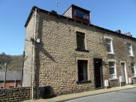 3 bed End of Terrace home to rent in Hollins Road, Walsden...