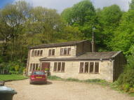 3 bedroom Detached house for sale in Warland Gate End...