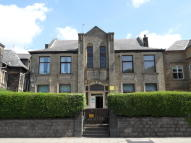 Flat to rent in Burnley Road, Todmorden...