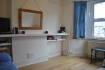 Maisonette for sale in Hounslow TW4
