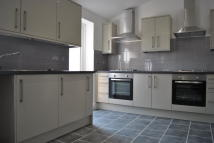 5 bedroom End of Terrace house in Kingsley Road, Hounslow...
