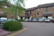 1 bedroom Flat to rent in Braybourne Drive...