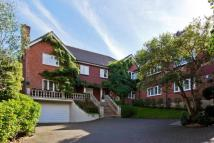 Detached home to rent in Vincents Close, Esher...