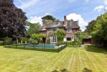 Weybridge Park Detached property to rent
