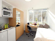 Studio apartment in Herbal Hill, Farringdon...