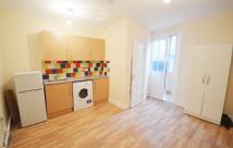 Studio flat in Swinton Street...
