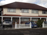 4 bed semi detached house to rent in Longland Drive, London...
