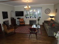 3 bed semi detached property to rent in Friern Barnet Lane...