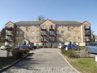 Ribblesdale Avenue Apartment to rent